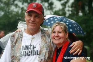 Mark Shannon and OKC Tea Party Director Margie Drescher. Isn't this photo a hoot? Kudos to them and the photographer. A real keeper!